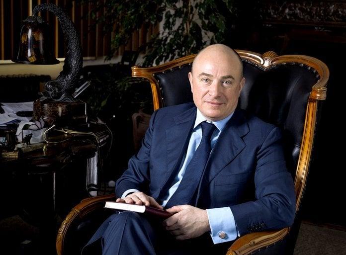 Mikhail Abramov (theartnewspaper)