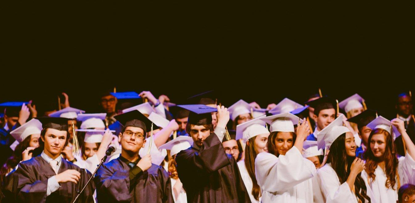 Τι αλλάζει στην αναγνώριση των πτυχίων από ξένα πανεπιστήμια και κολέγια