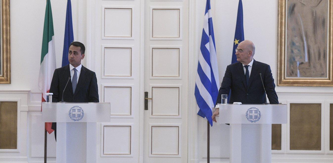 Συμφωνία ΑΟΖ Ελλάδας - Ιταλίας: Τα συν, τα «πλην» και η απειλή της Τουρκίας