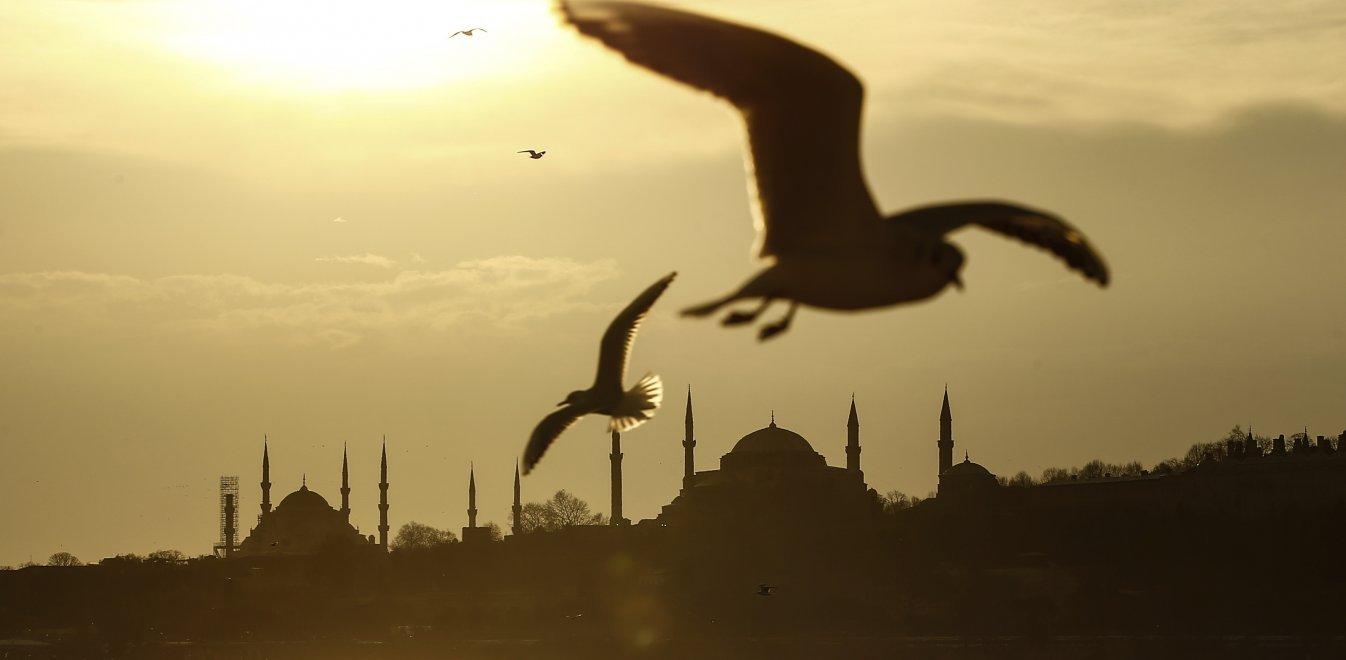 Τουρκικός Τύπος για Αγία Σοφία: «Λίγες μέρες έμειναν για την προσευχή»