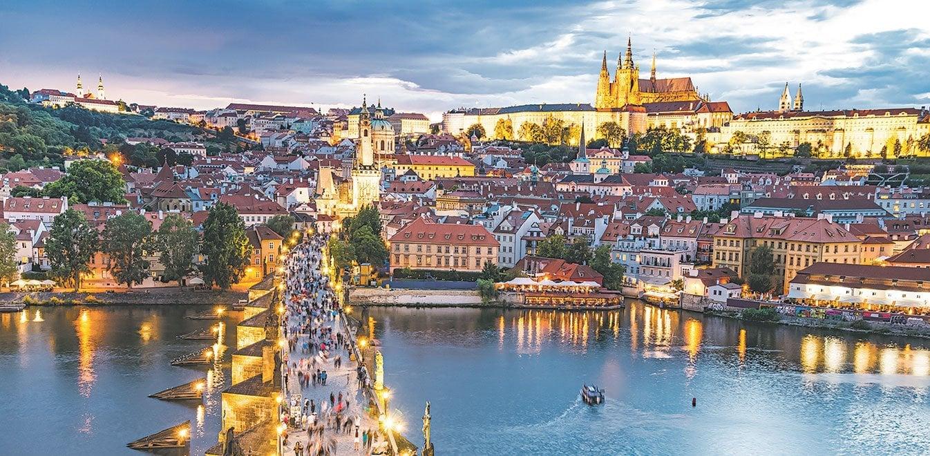 Πράγα: Η παραμυθένια «χρυσή πόλη» | Έθνος