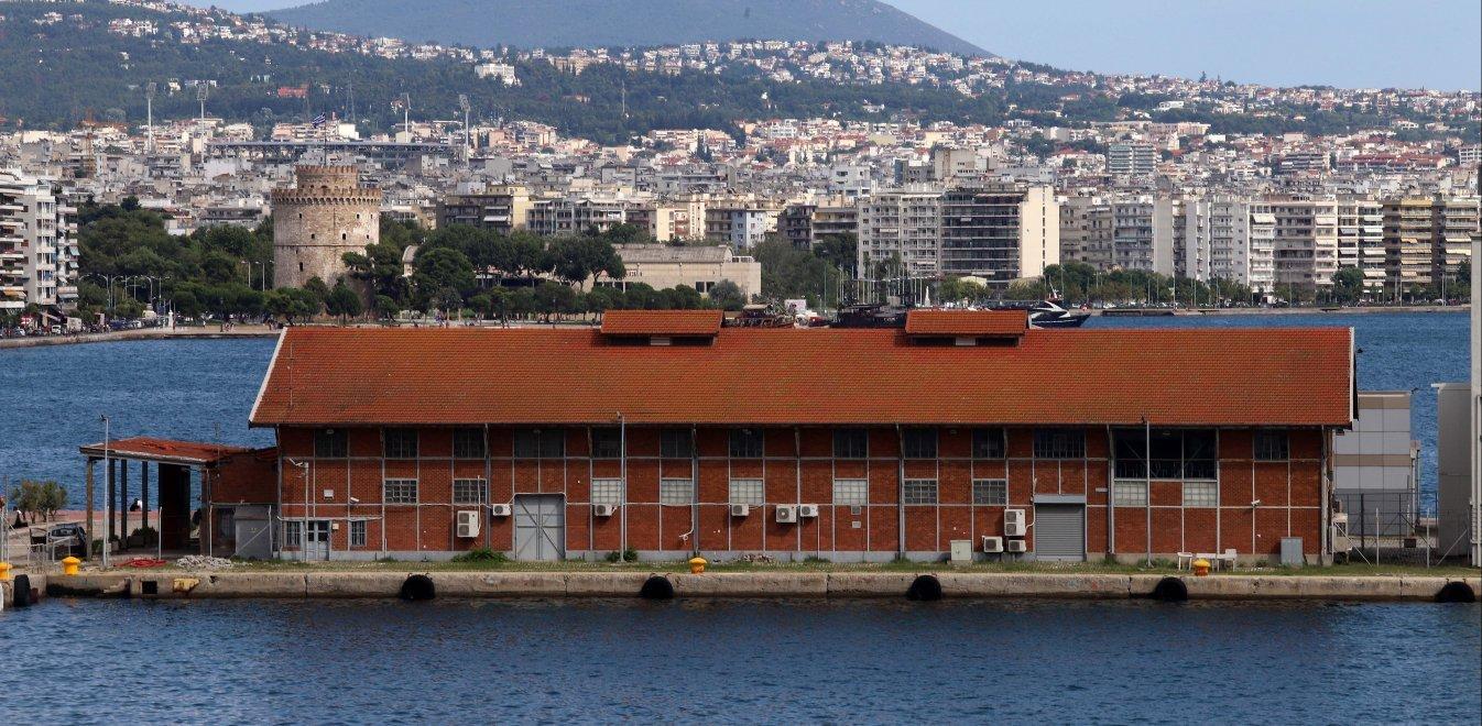 Συναγερμός στη Θεσσαλονίκη: Καθιζήσεις απειλούν την παραλία!