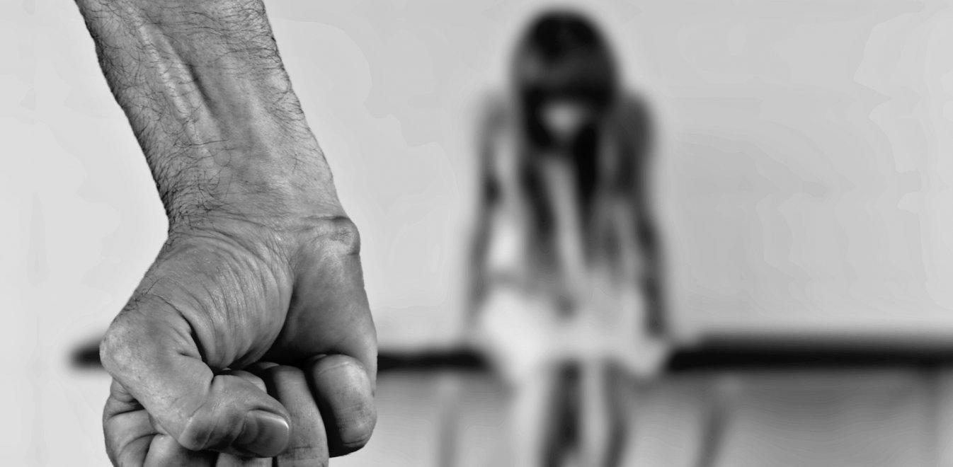734b2c1e409 Χανιά: Μητέρα και πατριός κακοποιούσαν δύο ανήλικα παιδιά | Έθνος