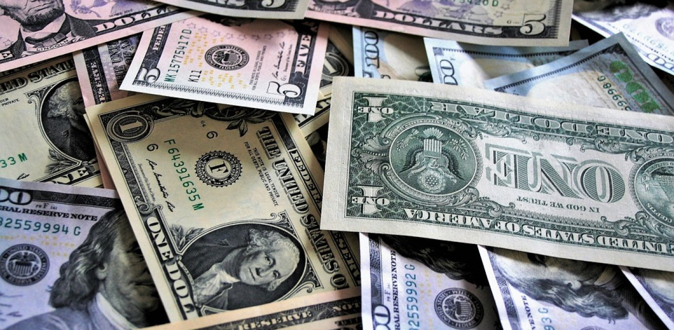 26 άνθρωποι κατέχουν πλούτο ίσο με το φτωχότερο μισό της ανθρωπότητας