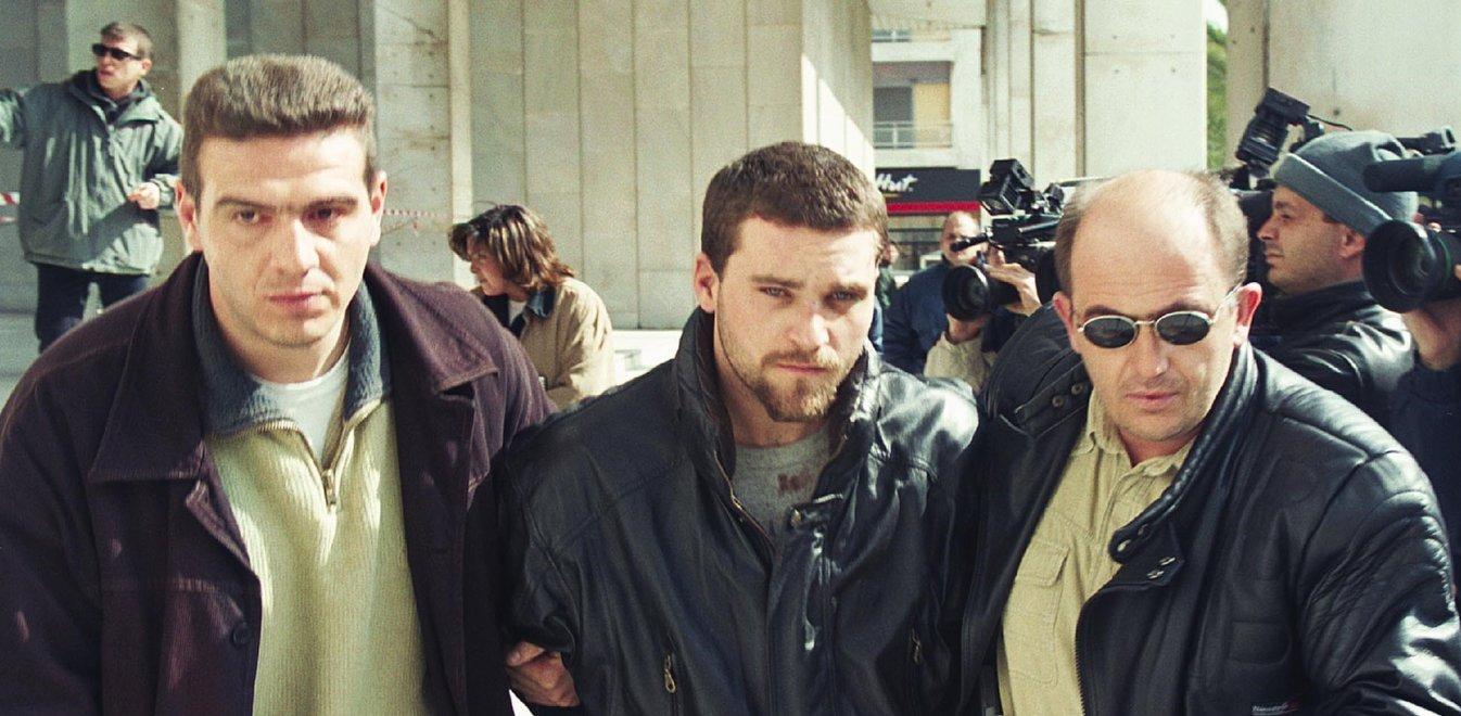 Κώστας Πάσσαρης: Η ιστορία του πιο σκληρού κακοποιού της Ελλάδας (pics)