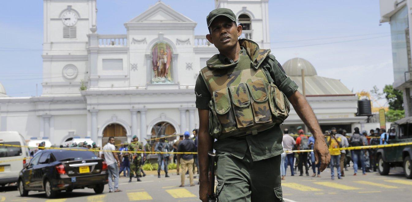 Σρι Λάνκα: Στους 290 νεκρούς ο τραγικός απολογισμός από τις επιθέσεις
