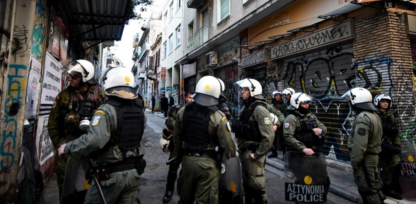 Πολυτεχνείο: 28 συλλήψεις της ΕΛ.ΑΣ. στα Εξάρχεια – 13 προσαγωγές