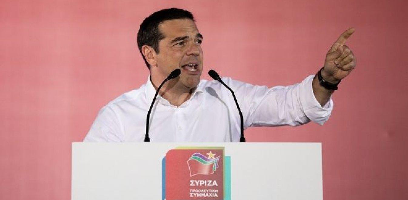 Τσίπρας: Ο κόσμος συσπειρώνεται και γεμίζει τις πλατείες