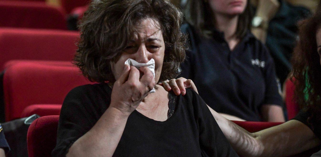 Δίκη Χρυσής Αυγής: Στο σκαμνί τρία χρόνια μετά - Κατέρρευσε η Μάγδα Φύσσα