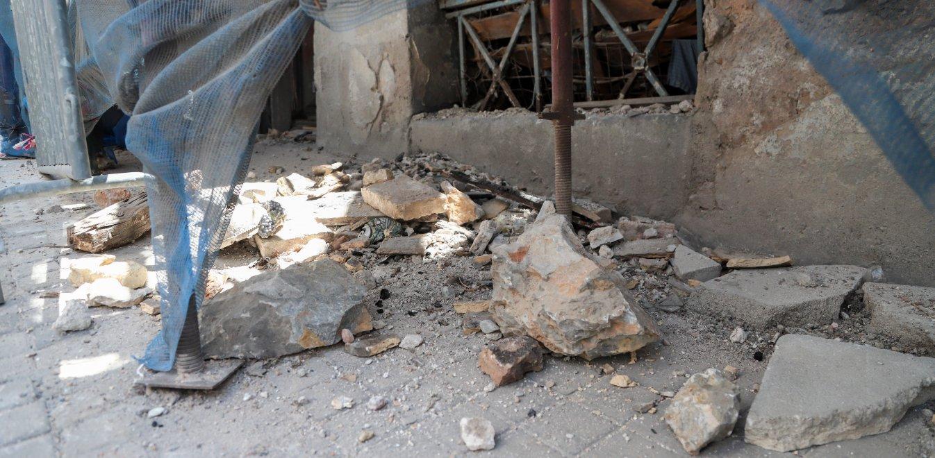 Σεισμός στην Αττική: Ξεπερνούν τις 2.000 οι δηλώσεις ζημιών