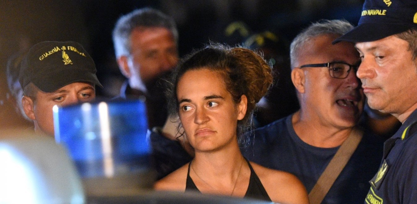 Ελεύθερη η καπετάνισσα Κάρολα Ράκετε για τους μετανάστες