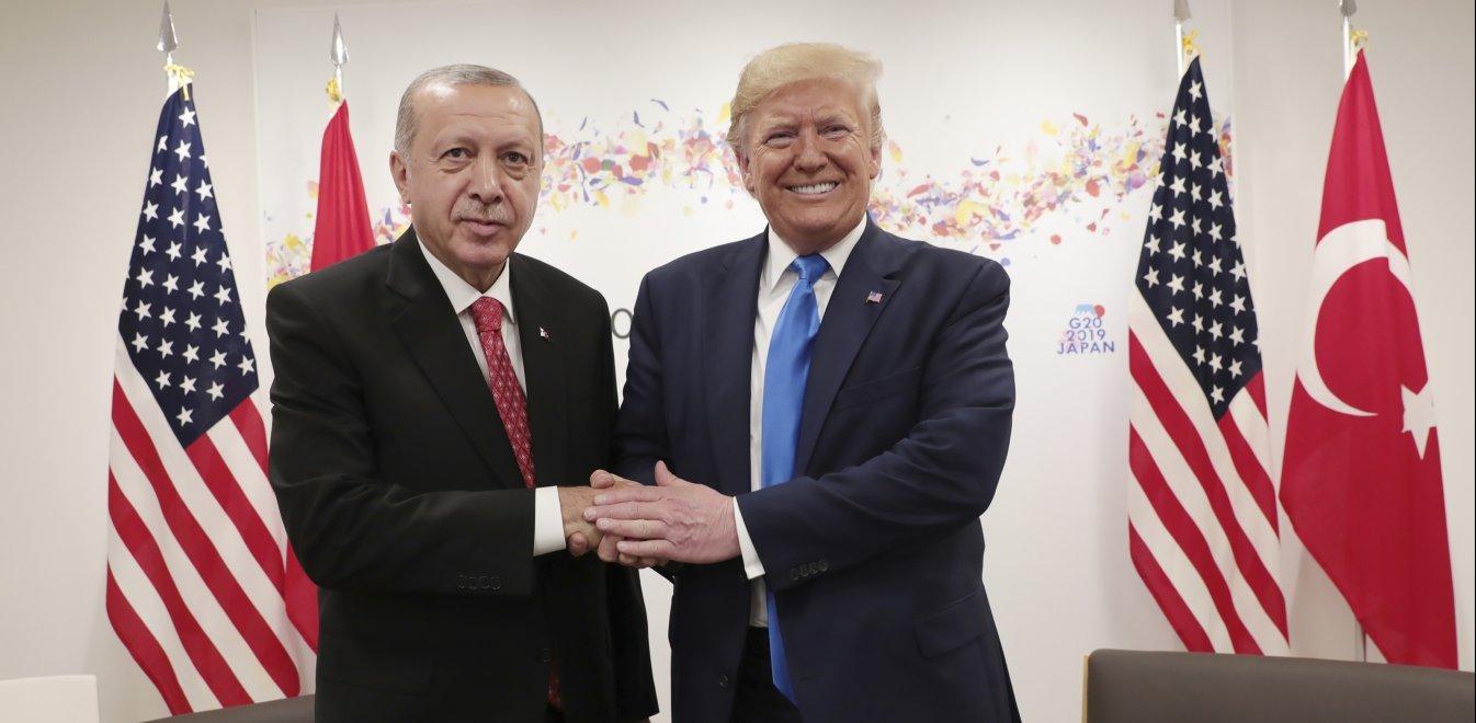 Η αποκάλυψη της ανάρμοστης σχέσης του Τραμπ με τον Ερντογάν - Τα έχουν όλα συμφωνημένα