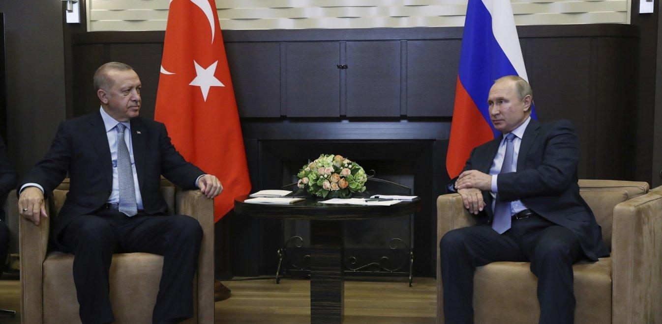 Σε εξέλιξη η συνάντηση Πούτιν-Ερντογάν - Όλα ανοιχτά με την εκεχειρία