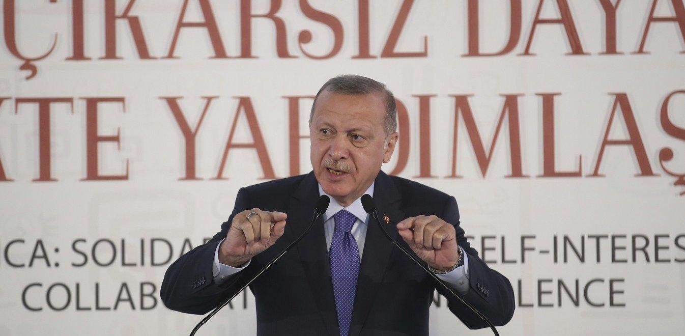 Ερντογάν: Αυτοί που μας επιβάλλουν εμπάργκο έχουν χέρια βαμμένα με αίμα