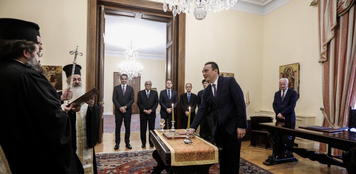 Κώστας Βλάσης: Ορκίστηκε ο νέος υφυπουργός Εξωτερικών