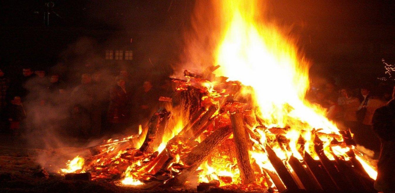 Ιωάννινα: Τα χριστουγεννιάτικα έθιμα στην Ήπειρο των παραδόσεων | Έθνος