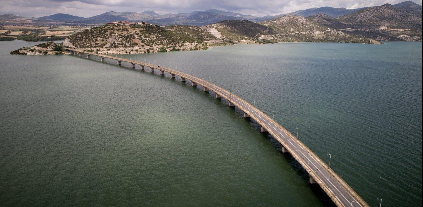 Κοζάνη: Πρόβλημα στατικότητας στη δεύτερη μεγαλύτερη γέφυρα της χώρας (pics)