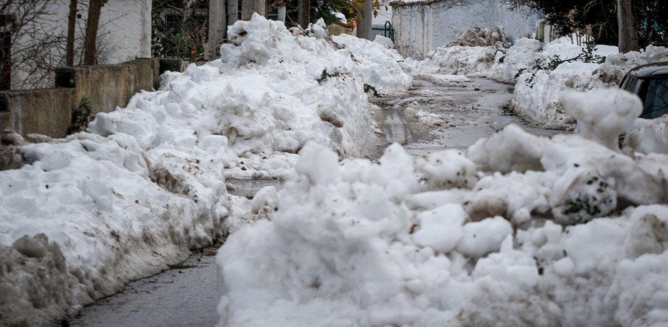 Καιρός: Σαρώνει ο Ηφαιστίων - Ποιες είναι οι επικίνδυνες περιοχές, χιόνια και στην Αθήνα