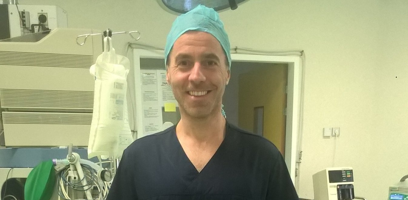 Γιώργος Καμπανός: Γλίτωσε από τον εφιάλτη των ναρκωτικών και στα 42 του πήρε πτυχίο στην Ιατρική!