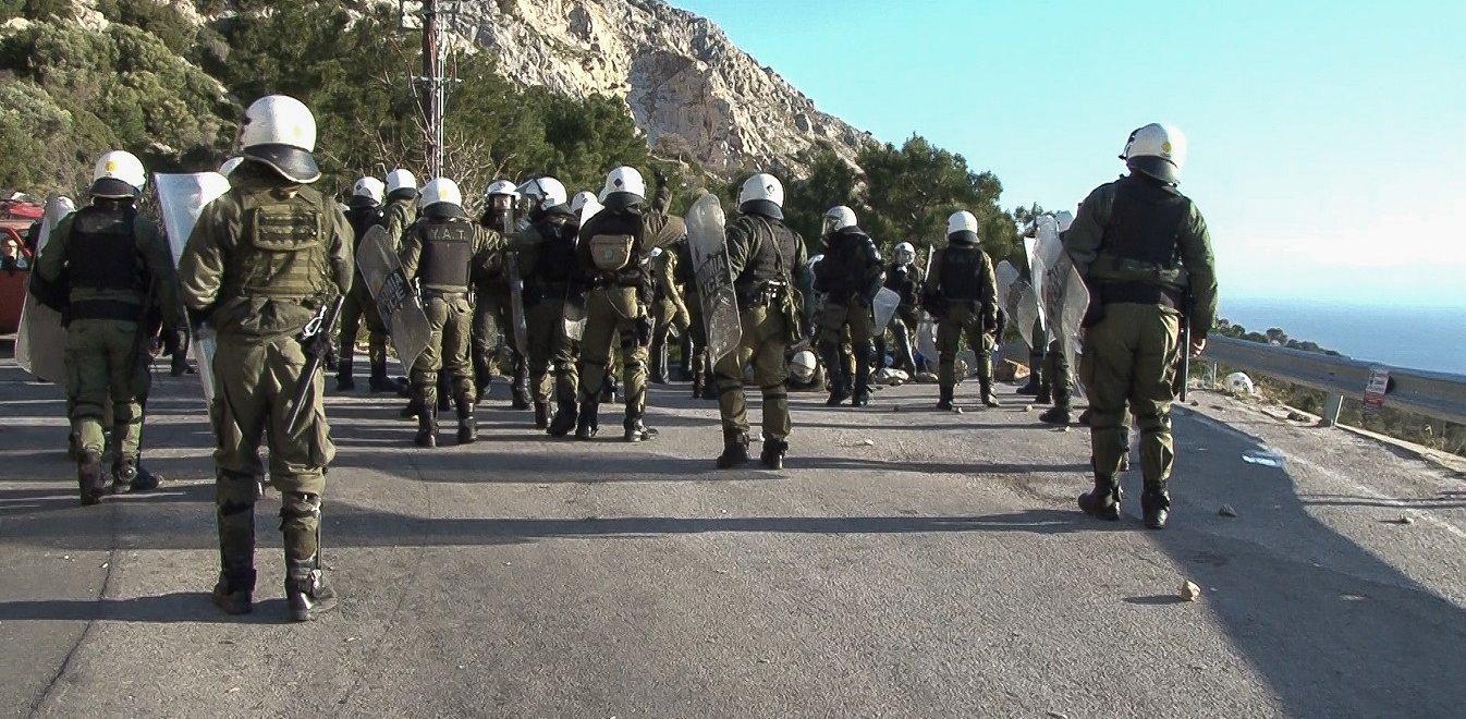 Μεταναστευτικό: «Μπαρούτι» σε Βόρειο Αιγαίο - Κατεβάζουν ρολά σε Λέσβο, Χίο, Σάμο
