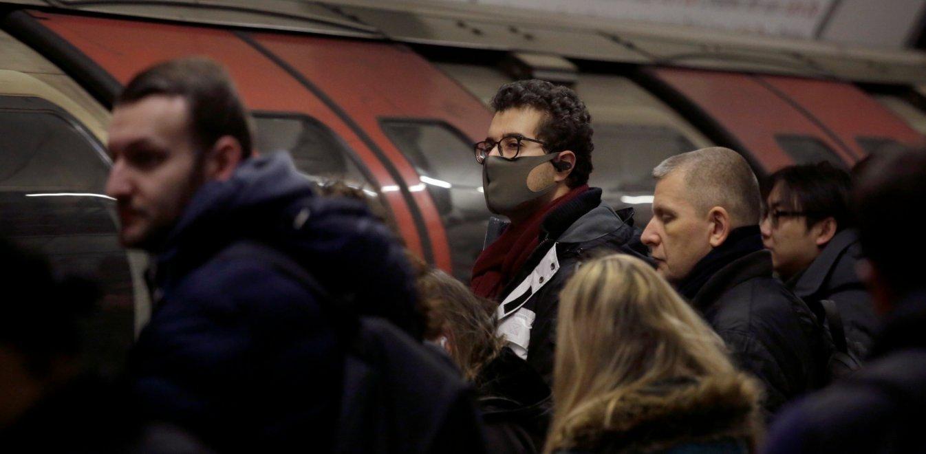 Κορονοϊός: Να γιατί πρέπει να φοράμε μάσκα στα Μέσα Μαζικής Μεταφοράς