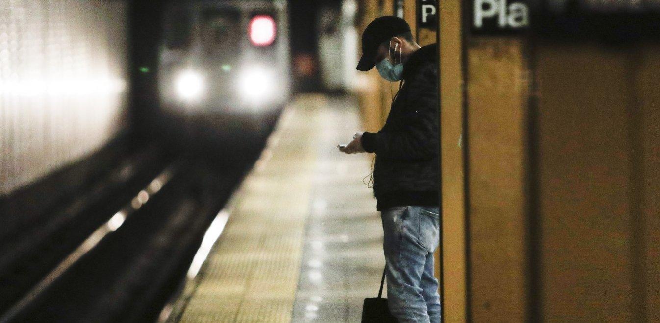 Νέα Υόρκη: Εξετάσεις για εργαζόμενους σε οίκους ευγηρίας δύο φορές την εβδομάδα
