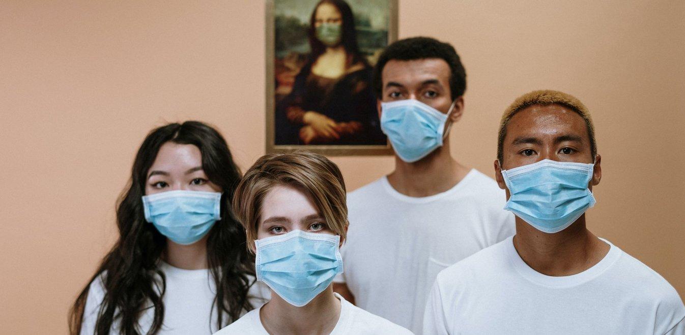 Κορονοϊός: Ποιοι πρέπει να φορούν μάσκα - Οι αντικρουόμενες απόψεις των ειδικών