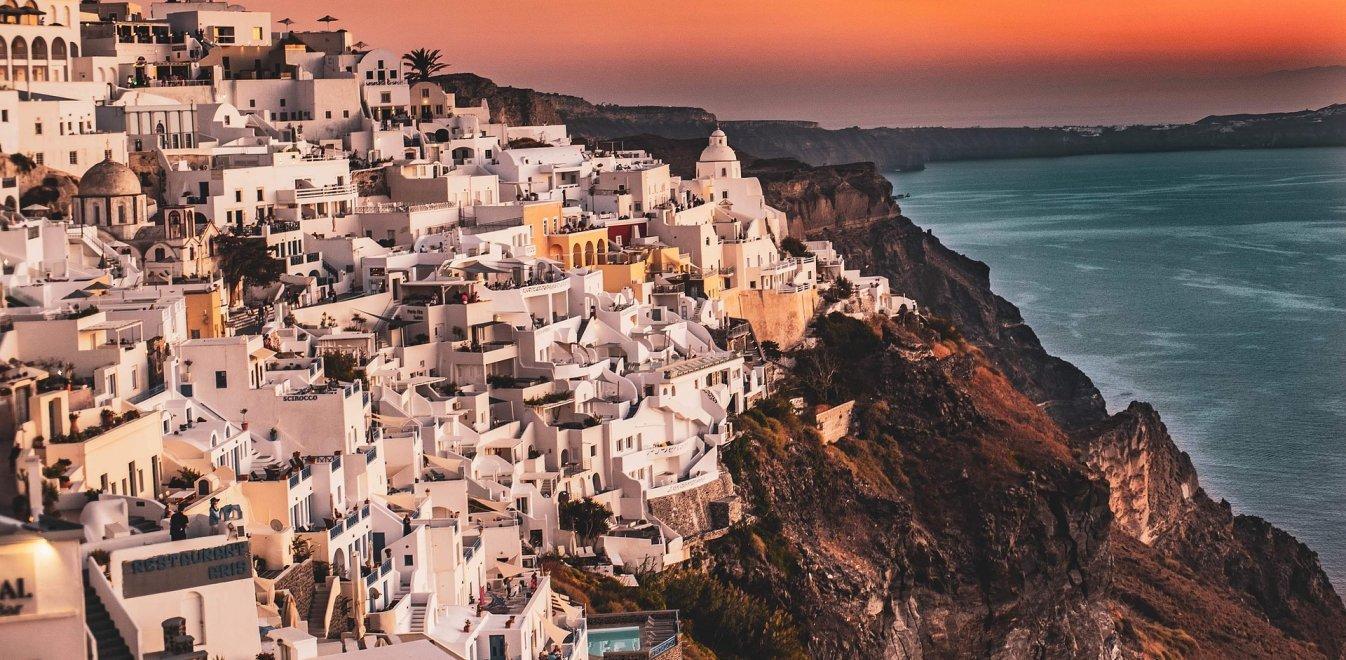 «Ιδανικός τουριστικός προορισμός η Ελλάδα» - Διθυραμβικά σχόλια στα διεθνή ΜΜΕ