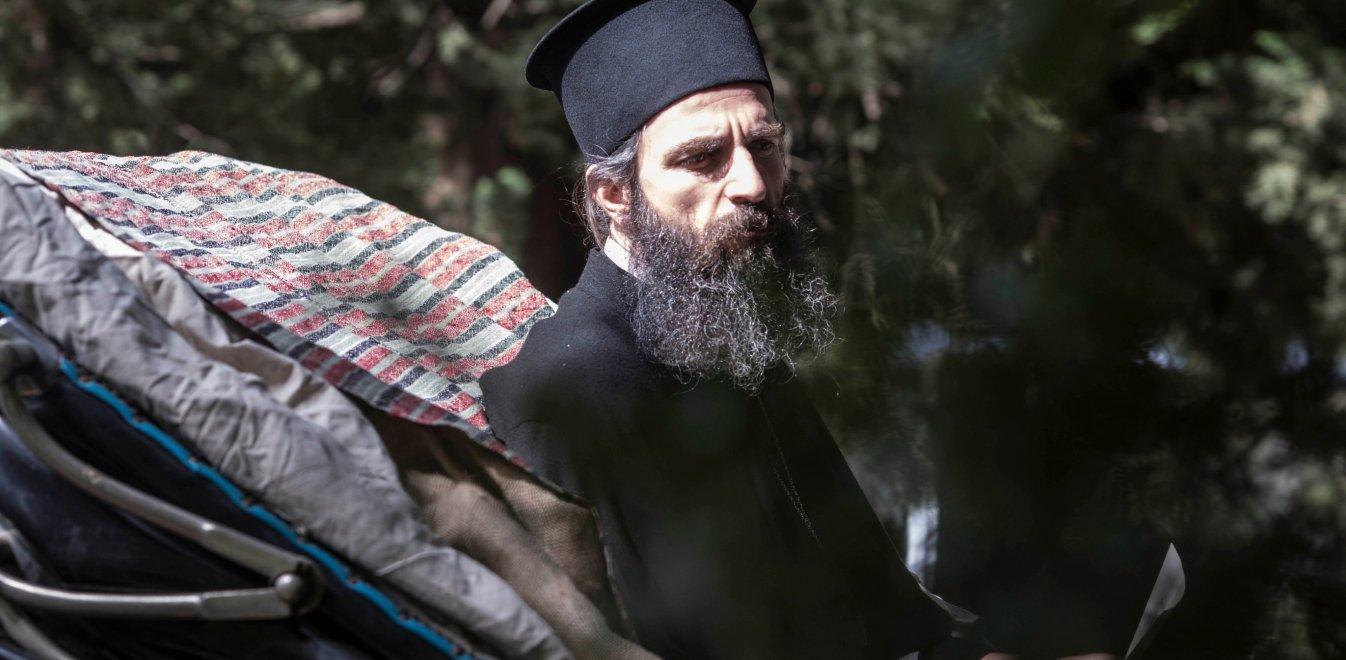 Man of God: Ο Σερβετάλης ως Αγιος Νεκτάριος στα γυρίσματα της νέας του ταινίας