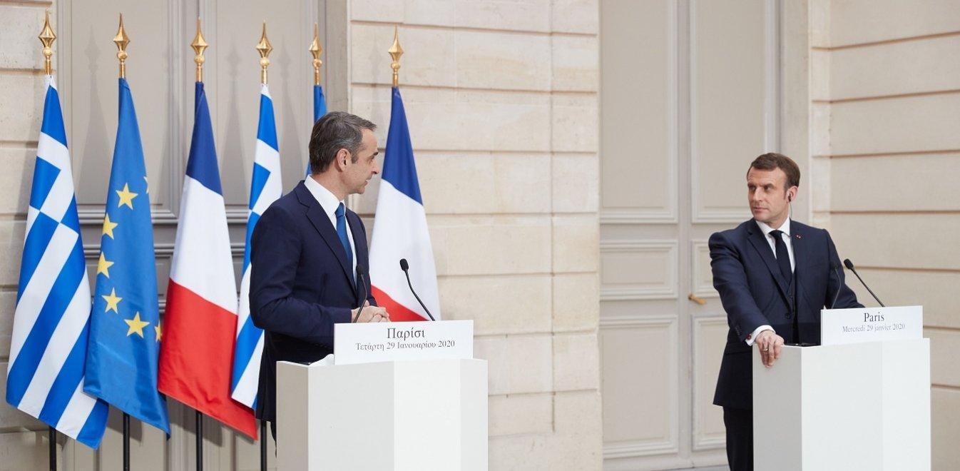 Επικοινωνία Μητσοτάκη - Μακρόν για την Ανατολική Μεσόγειο - «Βράζει» η Τουρκία με τη Γαλλία
