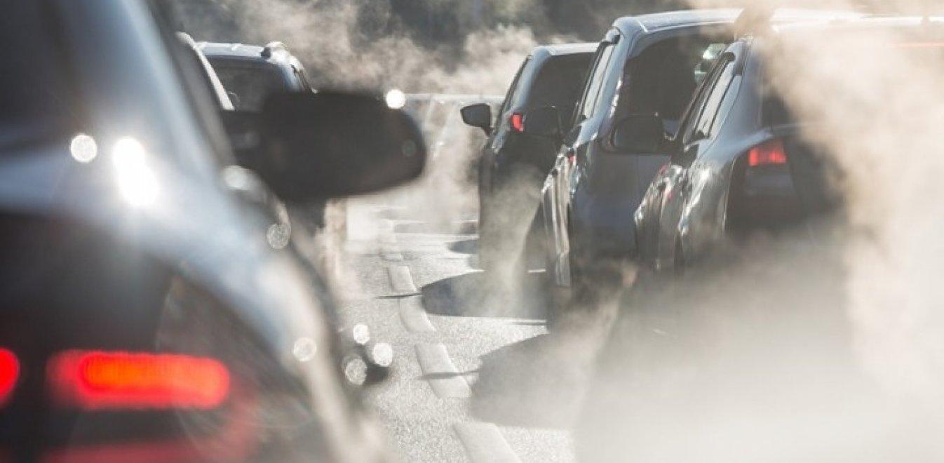Πόσα άτομα επιτρέπονται στο αυτοκίνητο μετά το άνοιγμα του λιανεμπορίου