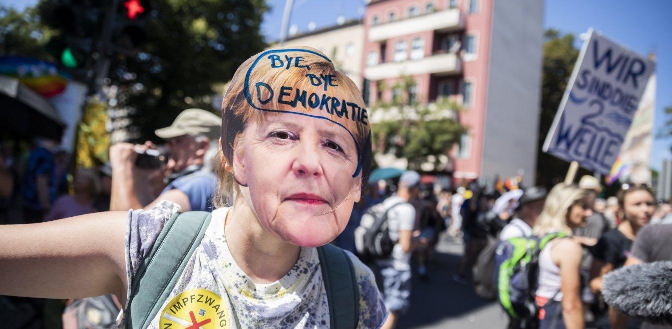 Γερμανία: Μαζικές διαδηλώσεις από συνωμοσιολόγους και αρνητές της πανδημίας του κορονοϊού | Έθνος