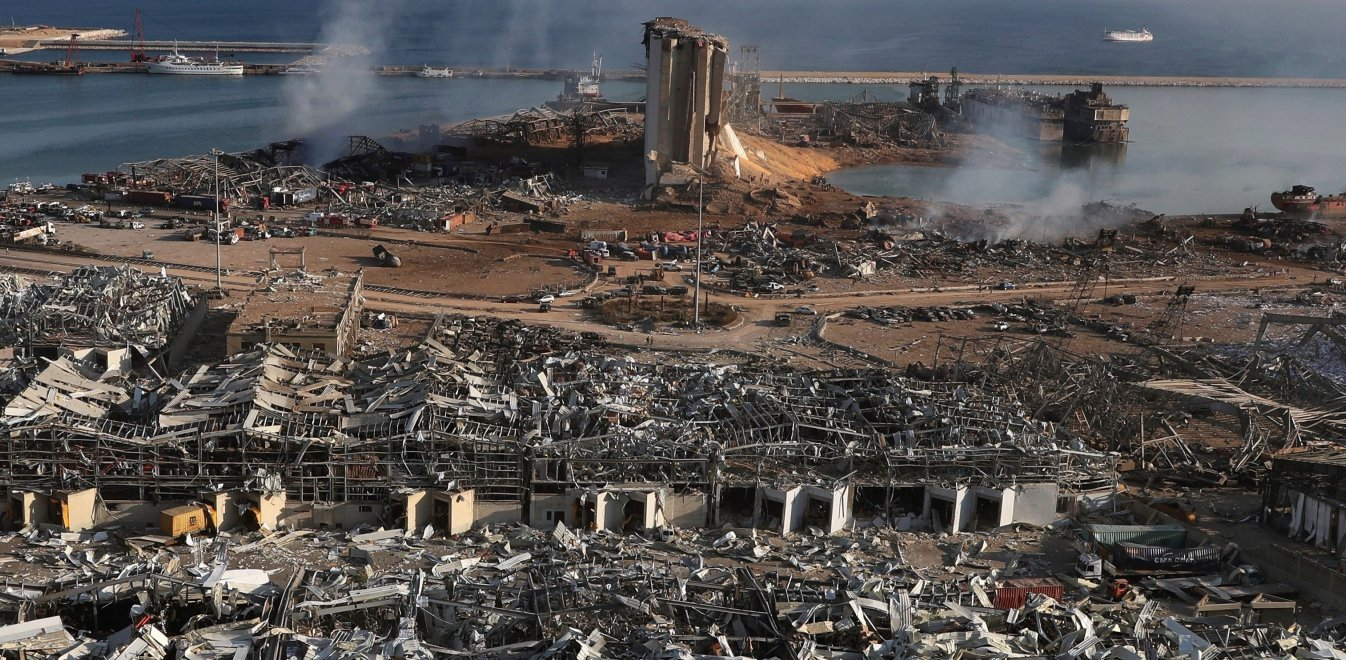 Βηρυτός: Δορυφορική εικόνα πριν και μετά την έκρηξη δείχνει την ...