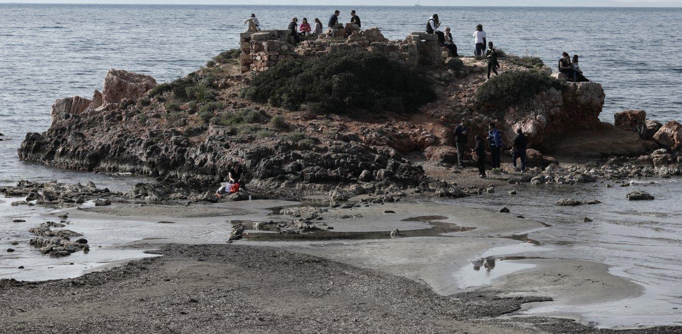 θάλασσα Καβούρι, άμπωτη