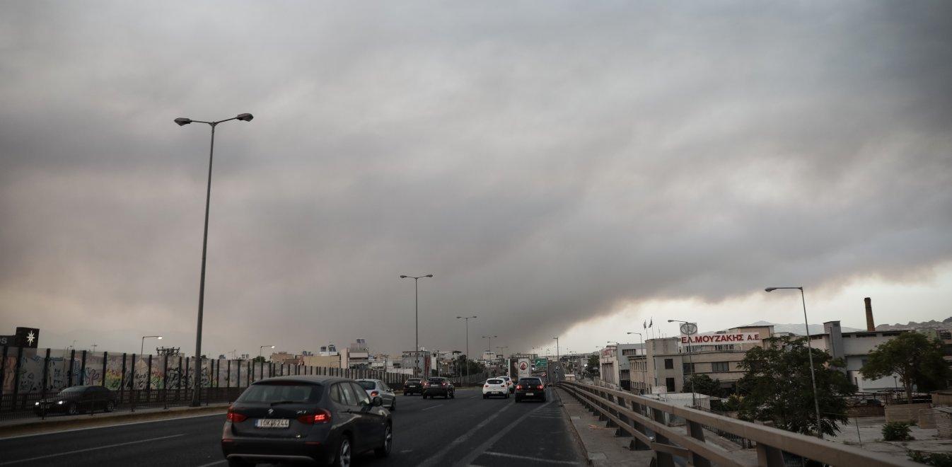 Φωτιά: Άνοιξε η Εθνική Οδός Αθηνών – Λαμίας | Έθνος