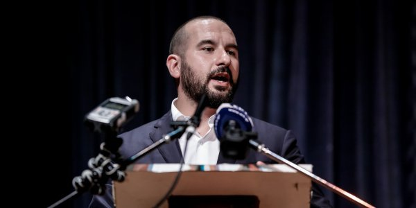 "Tzanakopoulos accuses Mitsotakis of ""announcing"" measures that have already been taken in 2019"