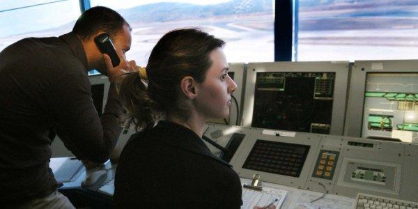 Προβλήματα στις πτήσεις από τη στάση εργασίας των ηλεκτρονικών