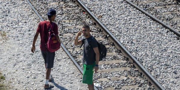Θεσσαλονίκη: Μετανάστες εμπόδισαν αμαξοστοιχία
