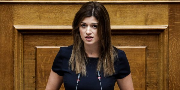 Notopoulou accuses tourism ministry of inaction ahead of Thomas Cook collapse