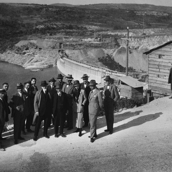 Λίμνη Μαραθώνα: Ιστορικές και ανέκδοτες φωτογραφίες από τα 90 χρόνια της