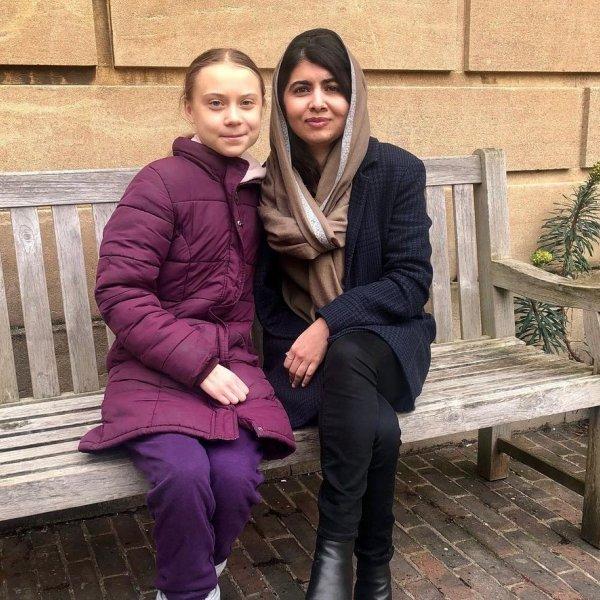«Ποια είναι η Μαλάλα» είπαν οι Ταλιμπάν και την πυροβόλησαν στο κεφάλι