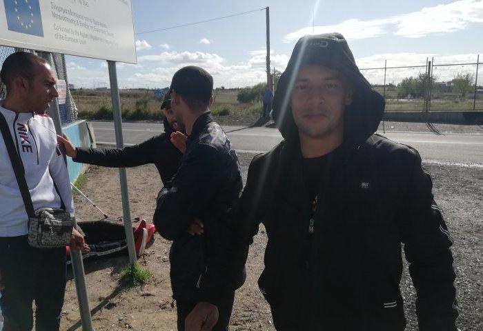 Διαβατά: Οι «αόρατοι» μετανάστες που περιμένουν την Αστυνομία (pics)