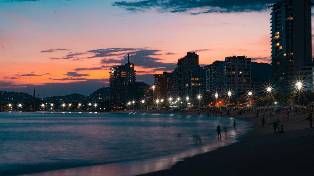 acapulco-3605307_1920.jpg