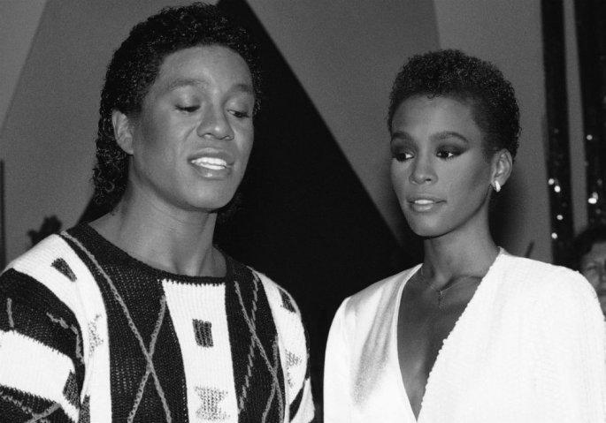Γουίτνεϊ Χιούστον: Whitney Houston: Το άδοξο τέλος της βασίλισσας των Grammys