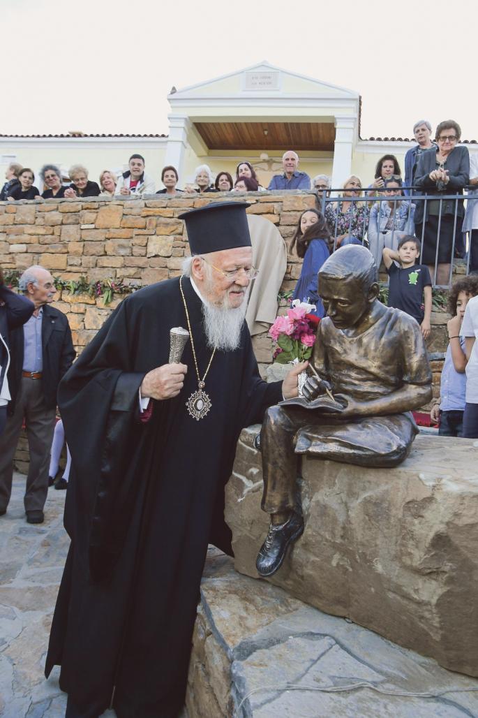 Ο Οικουµενικός Πατριάρχης σε επίσκεψή του στην Ιµβρο