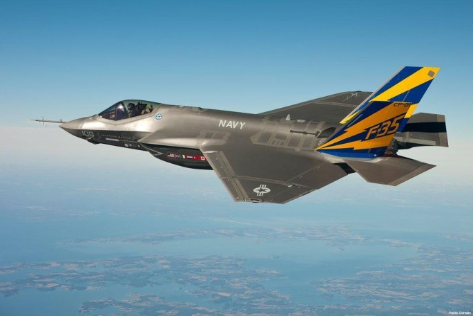 f35-lightning-ii-fighter-jet.jpg