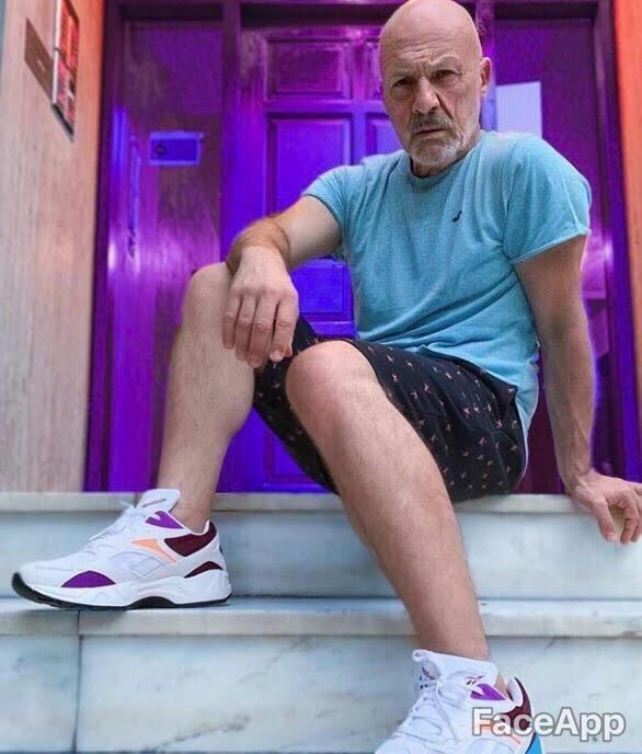 FaceApp celebrities, Νίκος Μουτσινάς