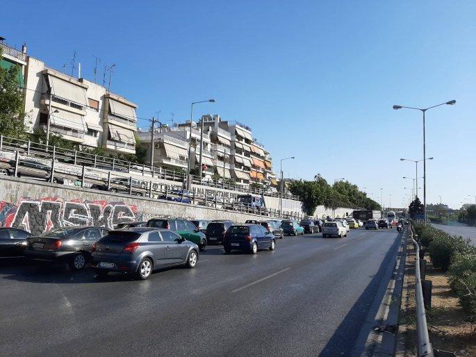 Κίνηση στην Εθνική οδό Αθηνών - Λαμίας