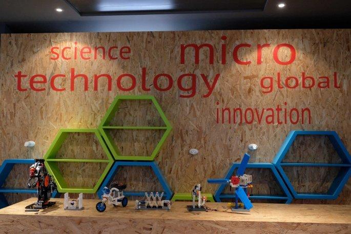 Κατασκευές ρομποτικής από τη Συνέντευξη Τύπου για το πρόγραμμα JEA