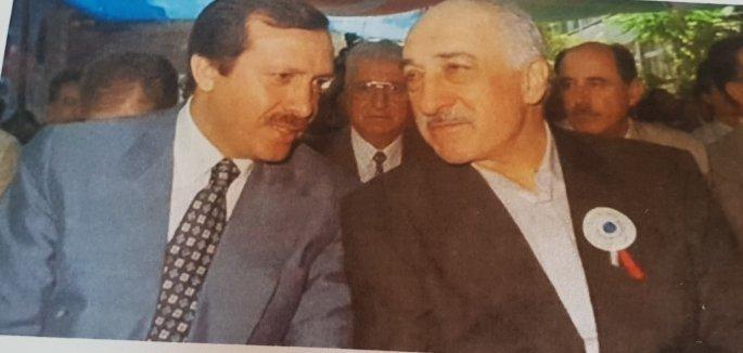 Ο Ερντογάν με τον Γκιουέλν, άλλοτε συνεργάτες κατά του κεμαλικού στρατιωτικού κατεστημένου